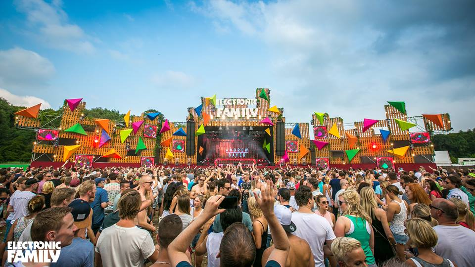 Electronic Family mainstage