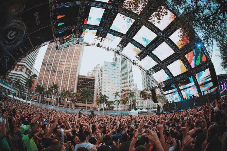 Worldwide stage