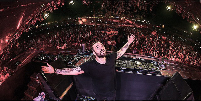 Steve-Angello-live-at-Tomorrowland-Brasil-2015